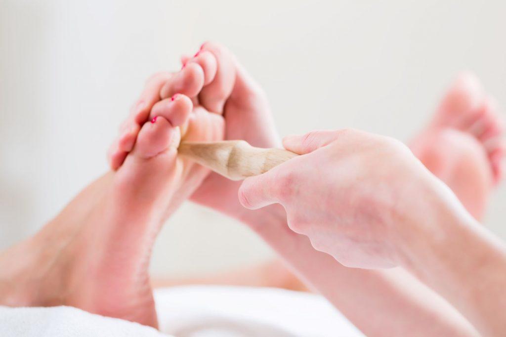A akkupresszúrás pontok stimulálása segít a bajban